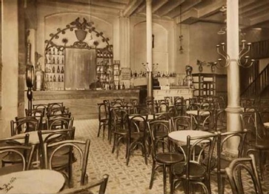 Antic bar  Petit Versailles, 1928. Foto Lluís Batlle. Arxiu Bar Versalles.