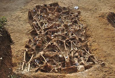 Spanish_Civil_War_-_Mass_grave_-_Estépar,_Burgos